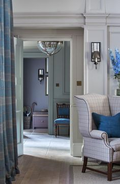 Sims Hilditch Interior Design New Forest Manor House Victorian architecture hous. Sims Hilditch In Home Interior Design, Interior And Exterior, Interior Decorating, Living Room Inspiration, Interior Inspiration, Sims, Beautiful Interiors, Blue Interiors, Decoration
