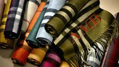 """The """"Scarf  Bar"""" by Burberry 