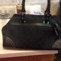 Coach purse It's black in excellent condition!!! Worn twice!!! Coach Bags Shoulder Bags
