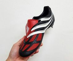 Predator Football Boots, Soccer Boots, Adidas Football, Football Shoes, Football Cleats, Cool Sports Cars, Adidas Predator, American Football, Soccer Shoes