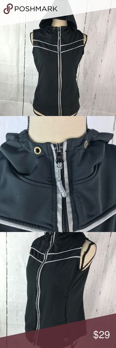 ATHLETA Hooded Vest top Zip Up Sz M Some normal minor signs of wear but overall in very good condition with lots of wear left Athleta Tops Sweatshirts & Hoodies