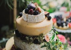 Andy Swinscoe of The Courtyard Dairy shares his top tips for creating the perfect cheese wheel wedding cake | Bridal Musings Wedding Blog