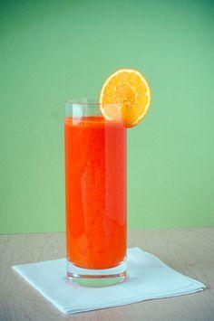 Carrot Orange Ginger Juice (Printable Recipe)  Serves 2-4  Ingredients:  1 lb carrots, washed and ends trimmed  1 lb oranges, peels removed  1 oz ginger root, peeled  Special Equipment: Mechanical Juicer