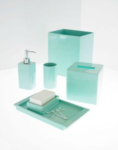 Solid Lacquer Retro Turquoise Bath Accessory Collection – Retro Depot