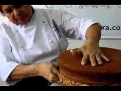 Super Recheio e Cobertura para bolos rapido, simples e Mega Gostoso - YouTube Cook, Cake Piping, Cake Decorating Videos, Bolo De Chocolate, Pound Cake, Sweet Recipes