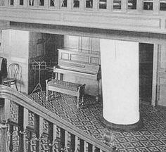 Titanic Piano: April 10, 1912
