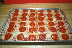 school pizza: VEGANIZE with daiya cheese ( & maybe yves pepperoni)