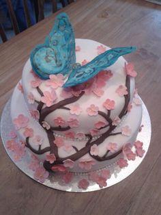 Blossom fondant cake