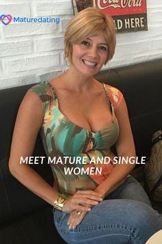 More matures. More chatting. More flirting. More dates. More happy couples! Sexy Older Women, Sexy Women, Women Looking For Men, Curvy Bikini, Beautiful Black Women, Beautiful Eyes, Amazing Women, Curvy Women Fashion, Single Women