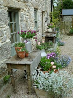 50 Amazing Ideas French Country Garden Decor 50 Amazing Ideas French Country Garden Decor In modern cities, it is virtually impossible to take a seat in the house wi. Rustic Gardens, Outdoor Gardens, Container Plants, Container Gardening, Pallet Gardening, Succulent Containers, Container Flowers, Garden Cottage, Farmhouse Garden