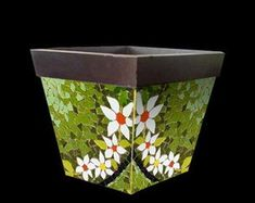 best ideas for garden art diy ideas glass flowers Mosaic Planters, Mosaic Tray, Mosaic Flower Pots, Pebble Mosaic, Mosaic Garden, Mosaic Tiles, Mosaic Art Projects, Mosaic Crafts, Stained Glass Designs