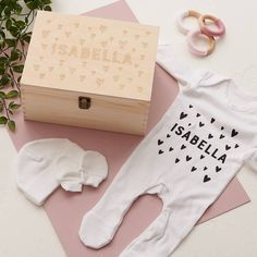 Our baby keepsake box and matching romper set can be personalised with any name; perfect for the proud new parents! Looking for a thoughtful gift for your friends baby shower? Has your bestie just gi. Baby Gift Sets, New Baby Gifts, Baby Set, Online Gift Shop, Online Gifts, Baby Keepsake, Personalized Baby Gifts, Baby Gender, Baby Grows