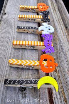 Since we had the washi tape out the other day we decided to make some Halloween Clothespin Clips. You can adda magnet to the back of them to hang your children's artwork on the fridge, or you can use them in a banner for decoration like we did with our St. Patrick's Day Clothespins. …
