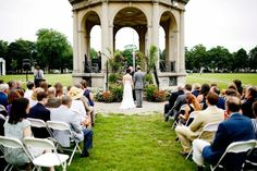Weddings at the Hawthorne Hotel.  Ceremony on the Salem Common right next to the Hawthorne Hotel