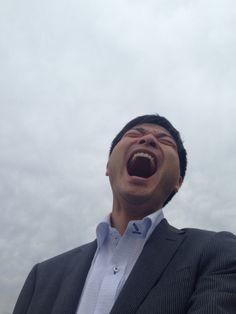 曇り空と大笑いあーくん