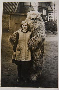 """""""Oma und Bär"""" via Kibonaut on Flickr"""