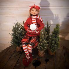 Christmas Elf - Art Doll - Doll - Elf Doll - Christmas Art Doll - Christmas Decor - Winter Decor - Polymer Clay Art - Christmas - Elf by RustyDolls on Etsy Ooak Dolls, Art Dolls, Christmas Elf, Christmas Sweaters, Elf Art, Beautiful Witch, Elf Doll, Halloween Doll, Hand Shapes