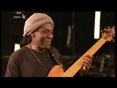 Richard Bona & Chris Minh Doky. Improvisando