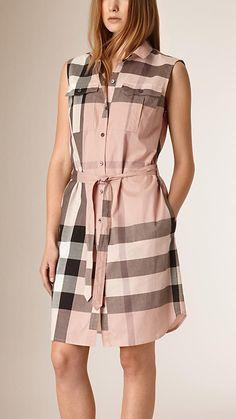 Rosa antigo Vestido abotoado com padrão xadrez ampliado - Imagem 1