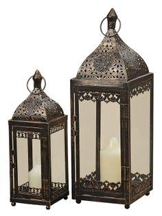 Decorează-ţi casa în stil persan cu ajutorul felinarelor decorative negre. Acest set de felinare este alcătuit din două felinare metalice cu înălţimea de 35 respectiv 50 cm.