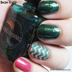 Festive Christmas skittlette mani using Indigo Bananas Enchanted Lake and KBShimmer Whole Lava Lovin' Christmas Manicure, Christmas Nail Art, Holiday Nails, Most Nutritious Foods, Healthy Foods To Eat, Pretty Nails, Nice Nails, Iron Rich Foods, Casino Cakes