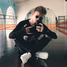 New fave pic of bean Corbyn Besson, Future Boyfriend, Future Husband, Malia Hale, Why Dont We Imagines, Hottest Guy Ever, Why Dont We Band, Boy Bands, Man Band