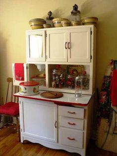 We absolutely LOVE Hoosier cabinets and this is one of our absolute favorites!