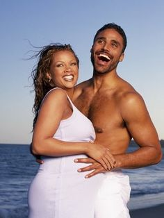 It didn't last but they sure were pretty together! Vanessa Williams and Queen Latifah - Los Angeles Celebrity Photographer