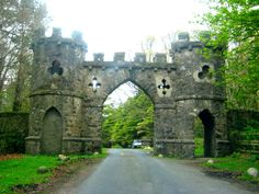 Tollymore Park Gateway, Down