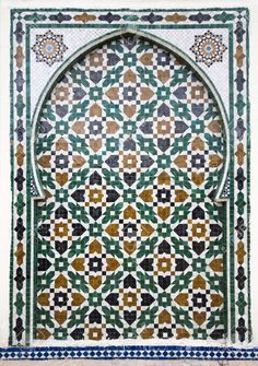 Moroccan Style Ceramic Mosaic - Best Of Marocco Stock Photo, Picture And Royalty Free Image. Pic 7565790.  There's a quilt block and some pieced sashing hidden in this beautiful pattern.
