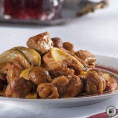 Χοιρινό με κάστανα & μήλα Good Food, Yummy Food, Pretzel Bites, Deli, Baking Recipes, Main Dishes, Almond, Pork, Bread