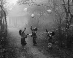 Vo Anh Kiet shot this second-place winning photo of children playing with balloons in the Ha Giang province of Vietnam for the 2012 National...