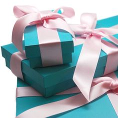 #Packaging #giftboxes in #tiffany's blue