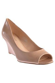 NINE WEST รองเท้าแตะส้นเตารีด Realdeal รุ่น301037046Y - beige | ราคา: ฿2,750.00 | Brand: Nine West | See info: http://www.topsellershoes.com/product/15471/nine-west-รองเท้าแตะส้นเตารีด-realdeal-รุ่น301037046y-beige