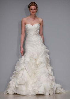 gorgeous #wedding #dress by Alfred Angelo Sapphire 870 C