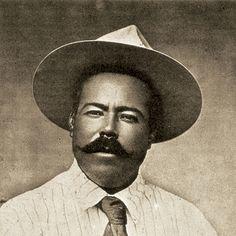 ⑥ El 20 de noviembre se produjo la insurrección de Francisco (Pancho) Villa y Pascual Orozco en Chihuahua, pronto secundada en Puebla, Coahuila y Durango. En enero de 1911 los hermanos Flores Magón se alzaron en la Baja California y los hermanos Figueroa en Guerrero.