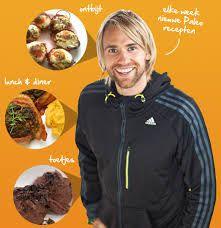 Wat is Paleo: Volg je dit voedingspatroon, dan ga je meer onbewerkt voedsel eten, zoals onze voorouders deden. De maaltijden bestaan uit ei, vis of vlees en groente, fruit, noten, olie en zaden. In plaats van de hoeveelheid voeding, staat de kwaliteit centraal. Je bent niet bezig met het tellen van calorieën of met jezelf regelmatig wegen, maar met een dieet dat heel eenvoudig te volgen is. De verhalen van mensen die in Nederland met Paleo begonnen zijn, zijn meestal heel positief.