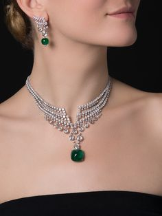 Fabulous Cartier necklace: Platinum, sugarloaf emerald of carats from colombia and diamonds! Emerald Jewelry, High Jewelry, Modern Jewelry, Jewelry Art, Jewelry Necklaces, Jewelry Design, Fashion Jewelry, Diamond Necklaces, Diamond Jewelry