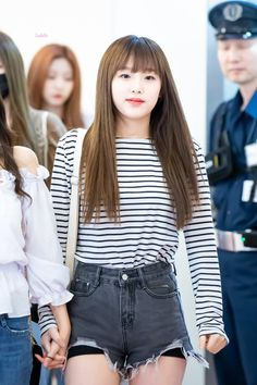 Fashion Tag, Daily Fashion, Yu Jin, Japanese Girl Group, Kim Min, Airport Style, Outfit Goals, Korean Girl Groups, Kpop Girls