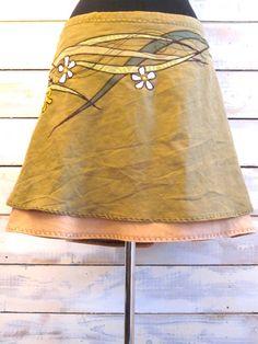 the: SPRING skirt M-L par monarchcouture sur Etsy