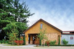 Harney Lane Winery - For more than one hundred years, the George Mettler family has farmed Harney Lane, a 100-acre parcel just east of Lodi.