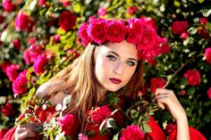 Chica, Rosas, Rojo, Guirnalda, Flores, Belleza