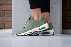 Nike Wmns Air Max 95 Palm green/palm green-sail-black - 307960-300