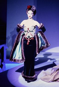 Mugler Fall 1995 Couture Collection Photos - Vogue#51#52