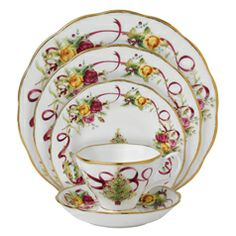 Royal Albert Old Country Roses Christmas Tree 5-Piece Place Setting  sc 1 st  Pinterest & 57 Beautiful Christmas Dinnerware Sets | Pinterest | Christmas ...