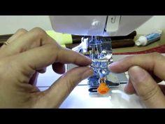 Como colocar pe de franzir em maquina de costura - YouTube