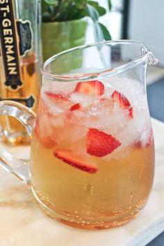 Recipe: Elderflower Champagne Cocktail — The 10-Minute Happy Hour