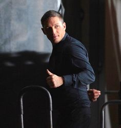 Tom Hardy - This Means War (2012) behind the scenes / TH0063A