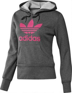The+adidas+Originals+Trefoil+Hoodie+is+constructed+from+a+soft,+comfy+fleece.+This+pullover+hoodie+has+legendary+style+and+boldly+presents+its+large+Trefoil+front+and+centre.  Kangaroo+pocket  Pullover+with+drawcord-adjustable+hood  Long+ribbed+cuffs+and+hem  Soft+and+comfortable+fabric  Printed+artwork+on+front  70%+cotton+/+30%+polyester+fleece  Imported