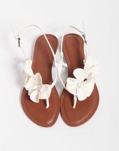 White Flower Rhinestone Flats Wedding Sandals Comfortable Shoes for School, Date… - Summer Shoes Shoes Flats Sandals, Cute Sandals, Shoe Boots, Flat Sandals, Ankle Boots, Women's Shoes, Shoes Sneakers, Pretty Sandals, Sandal Heels